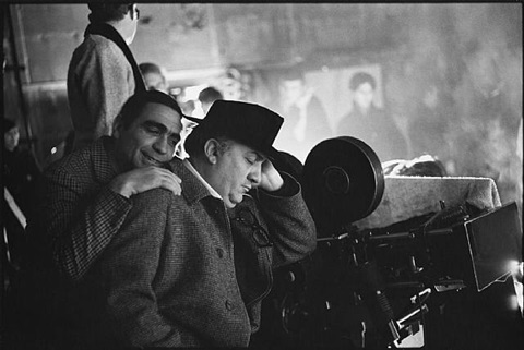 federico fellini on the set of satyricon, italia, 1969 by mary ellen mark
