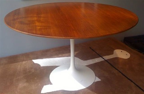 table tulipe by eero saarinen