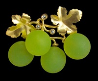 belle epoque grape brooch by fonseque et olive