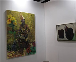 booth view hk art fair - sheng tianhong (left), hoo mojong (right)
