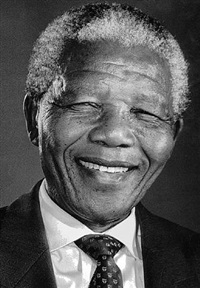 nelson mandela portrait, south africa, 1993 by jürgen schadeberg