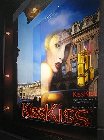 kiss kiss, place vêndrome by tom blackwell