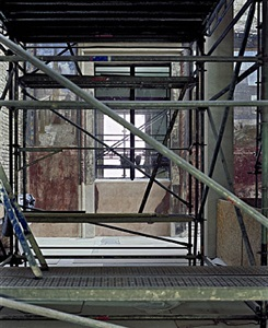 enclosure (neues museum) 16 by thomas florschuetz