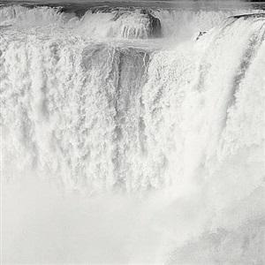 iguazu falls, argentina by lynn davis