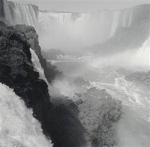 iguazu falls, brazil by lynn davis