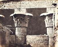 construction ensablée--architrave, fûts et châpitaux, egypte by félix teynard