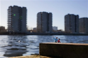 one day son by slinkachu