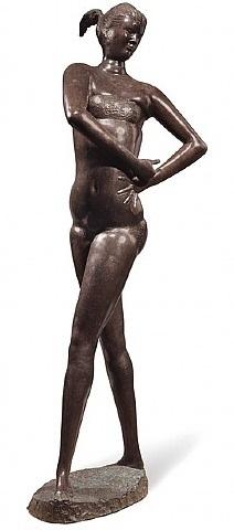 grande bagnante ii by emilio greco