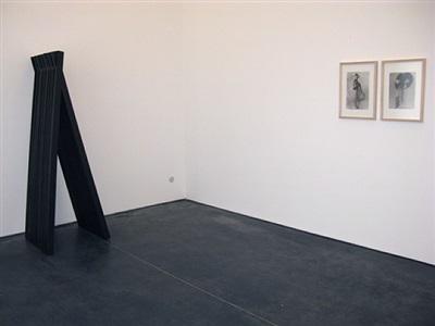 exhibition view (reiner ruthenbeck/sherrie levine)