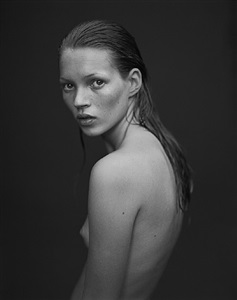 kate moss portfolio and other stories by mario sorrenti