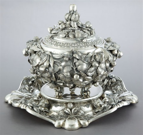 tureen with underplate liner and ladle by guido fiorentini