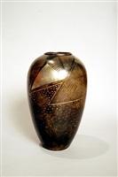 vase en dinanderie à patine brune et à décor d'écailles argent by jean dunand