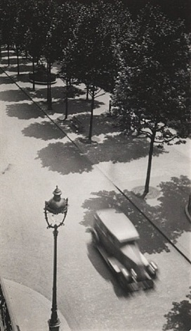 untitled (car and lamp post) by dora maar