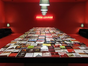 the marx lounge by alfredo jaar