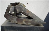 monolith figure by paul neagu