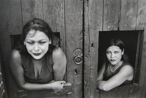 calle, cuauhtemoctzin, mexico city by henri cartier-bresson