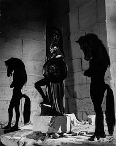minerve et les hommes cheval. le testament d'orphée, les baux de provence. by lucien clergue