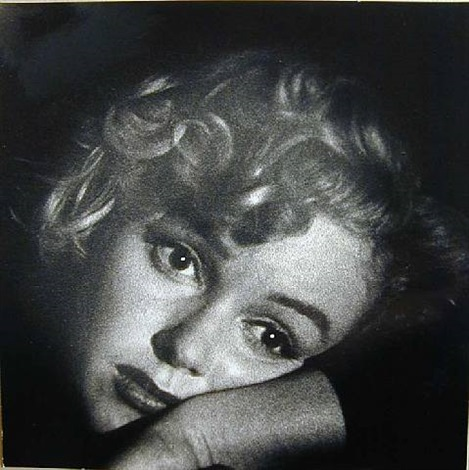 untitled (marilyn monroe) by andre de dienes