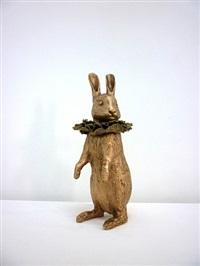 petit lapin debout à collerette by claude lalanne