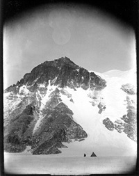s7, camp under cathedral rocks, ferrar glacier, sept 1911 by robert falcon scott