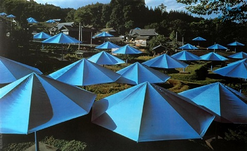 the umbrellas japan by christo and jeanne-claude
