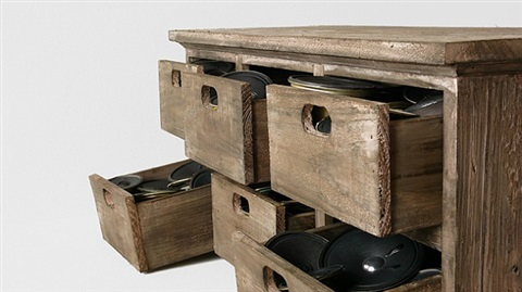 42 speakers in 6 drawers by zimoun