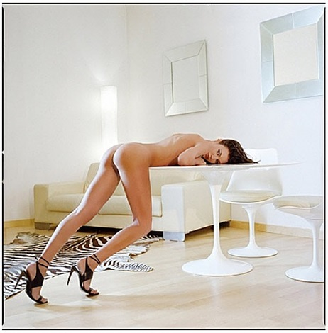 eva on a marble table by guido argentini