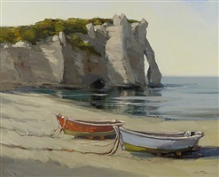 beach at etretat (normandy) by carolyn walton