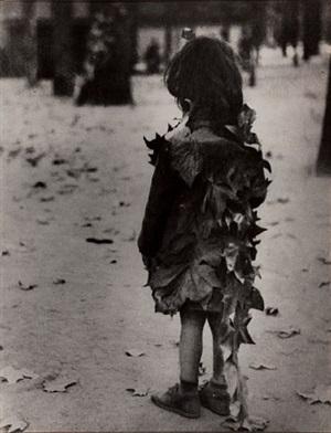 petite fille aux feuilles mortes by edouard boubat