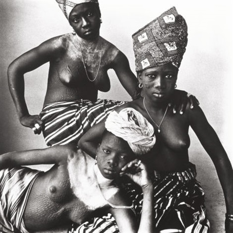 dahomey girls one reclining by irving penn
