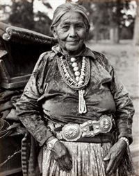 untitled (a navajo matriarch) by laura gilpin