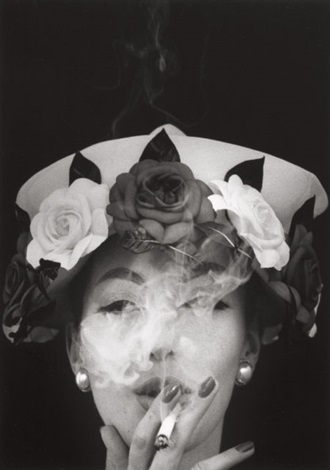 hat and five roses vogue paris by william klein
