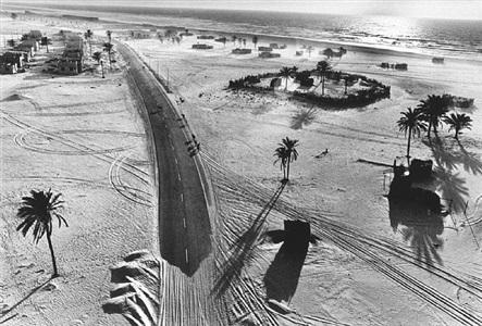 caravan, united arab emirates, 1975 by rené burri