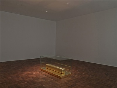james lee byars the monument to cleopatra by james lee byars