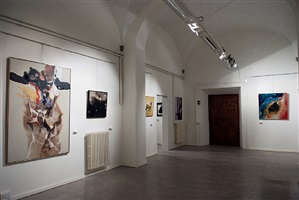 installation view palazzo pacchiani by paul jenkins