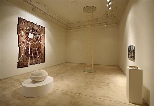 installation view galerie krinzinger 2011