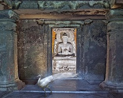 attaining moksha, ajanta caves, ajanta by karen knorr