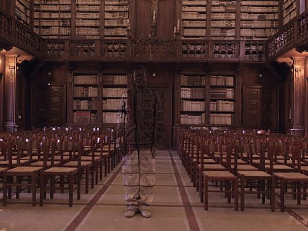 biblioteca capitolare by liu bolin