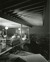 case study house #22, designed by pierre koenig, los angeles, california by julius shulman