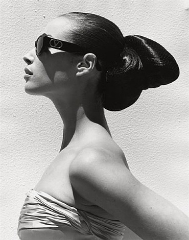 christy turlington, valentino 3, miami by herb ritts