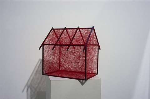 state of being (red house) / zustand des seins (rotes haus) by chiharu shiota