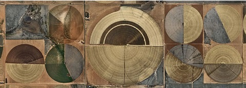 pivot irrigation #14, high plains, texas panhandle, usa, 2011 by edward burtynsky