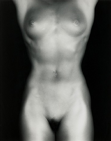 lydia cheng (torso, female nude) by robert mapplethorpe