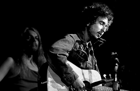 bob dylan and leon russell, nyc 1970 by graham nash