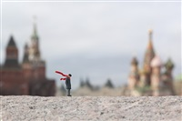 into the wind by slinkachu