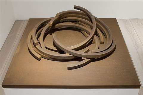 effondrement: 222.5 arc x 10 by bernar venet