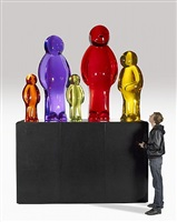 life size jelly baby family by mauro perucchetti