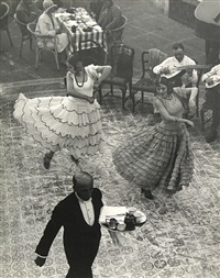 dancers in seville, spain by martin munkacsi