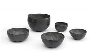 schalenobjekt / bowl object by antony gormley