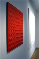 exhibition view by enrico castellani